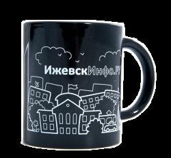 """Кружка черная, керамическая с одноцветной деколью. Логотип """"Ижевск Инфо. Ру"""""""